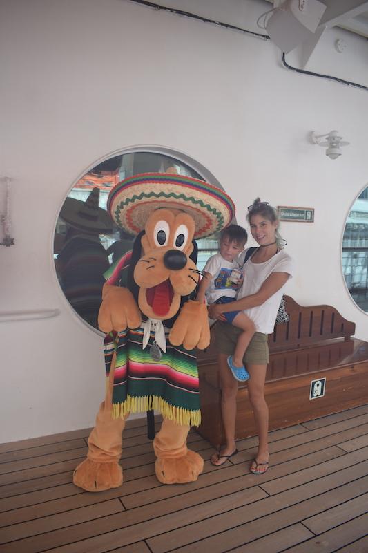 Pluto, mexico, disney, cruise
